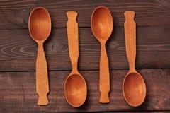 Jaskrawe łyżki od drewna Zdjęcie Stock