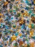 Jaskrawe i kolorowe choinek dekoracje Obraz Royalty Free