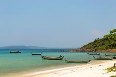 Jaskrawe łodzie rybackie Phu Quoc, Wietnam Obraz Stock