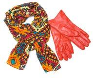 Jaskrawe wzorzyste szalika i pomarańcze rękawiczki Obraz Royalty Free