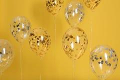 Jaskrawi balony z faborkami zdjęcie royalty free