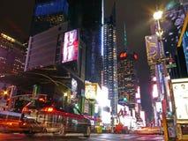 Jaskrawi światła w times square, Nowy Jork Zdjęcie Stock