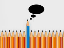 Jaskrawy barwiący mowa bąbel i ołówki pojęcie communica ilustracji
