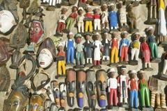 Jaskrawy barwić drewniane Kolonialne lale w Kapsztad, Południowa Afryka Zdjęcie Royalty Free