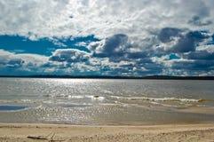 Jaskrawy i piękny wiosna dzień na wybrzeżu rzeczny Dnepr Obraz Stock