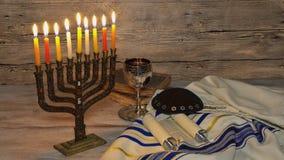 Jaskrawy Jarzący się Hanukkah Menorah - Płytka głębia pole