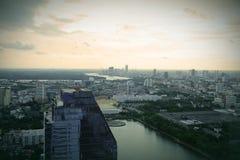 Jaskrawy niebieskie niebo w Bangkok Obraz Royalty Free