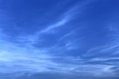 Jaskrawy ranku niebo Zdjęcia Stock