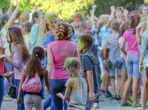 Jaskrawy rozochocony festiwal colours Zdjęcie Royalty Free