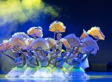 Jasmine Flowersï ¼ ˆBloomingï ¼ ‰ - κινεζικό εθνικό μπαλέτο Στοκ Εικόνες
