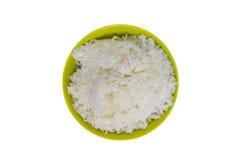 Jasmine Rice i den isolerade bunken, lagat mat ris på vit bakgrund Royaltyfria Foton