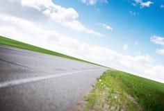Jasna autostrady droga zdjęcie royalty free