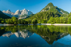 Jasna See, Kranjska Gora, Slowenien stockfotos