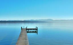 jasny dzień jeziora Fotografia Royalty Free