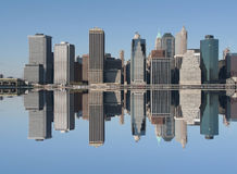 jasny dzień niebieska linia horyzontu Manhattan Obraz Stock