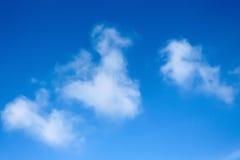 Jasny niebieskie niebo Fotografia Stock