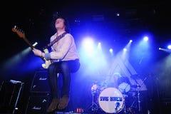 Jason Barwick, gitarist en hoofdzanger van de Britse rots/blauw verbindt Brew Stock Fotografie