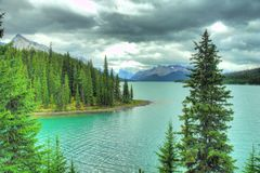 Jaspe Alberta HDR de la moraine del lago Imagen de archivo
