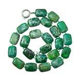 Jasper Beads verde, aislado en el fondo blanco imagen de archivo libre de regalías