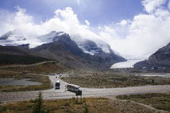 JASPER, CANADA - SEPTEMBER 7, 2016: Columbia icefield on 7 Septe Stock Photography