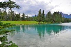 Jasper Park Lodge, Rocky Mountains, Westelijk Canada royalty-vrije stock foto's