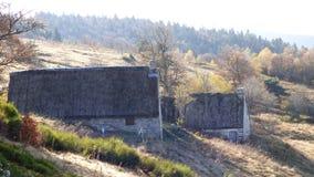 Jasserie,乳酪制造商,奥韦涅,法国的小屋在col des supeyres的 库存照片