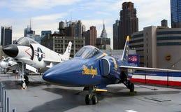 Jatos F-3 e F-11 em USS intrépido imagem de stock royalty free
