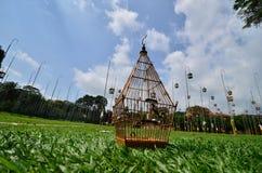 Jaula de pájaros Foto de archivo libre de regalías