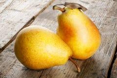 jaune mûr de poire photo libre de droits
