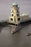 Jaunissez le phare dans Biloxi Photos stock