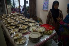 JAVANESE ISLAM WEDDING COMMUNAL FEAST Royalty Free Stock Photos