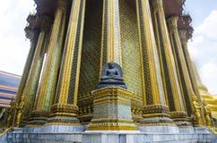 Javanese standbeeld van Boedha van Borobudur in Emerald Buddha Temple Stock Fotografie