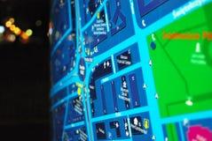 Jawna plenerowa uliczna mapa w nocy Zdjęcie Royalty Free