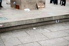 Jawni plakatów rysunki na miejscu Kleber dla nadchodzących protestów Fotografia Royalty Free