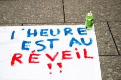 Jawni plakatów rysunki na miejscu Kleber dla nadchodzących protestów Zdjęcia Royalty Free