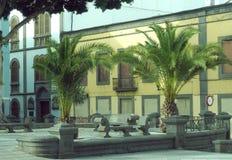 Jawny park z pomnikowym Triana dzielnicy sąsiedztwem Vegueta Gra Obraz Royalty Free