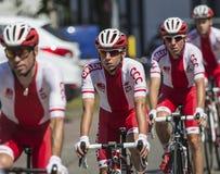 JAWORZNO POLEN - JULI 31, 2017: Cyklister i början av ten royaltyfria bilder