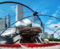 Jay Pritzker Pavilion i millenium parkerar i Chicago Royaltyfri Bild