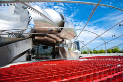 Jay Pritzker Pavilion popular no parque do milênio em Chicago do centro Fotografia de Stock Royalty Free