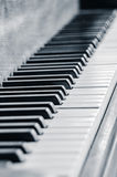 Jazz Piano Keys in Schwarzweiss Stockbild