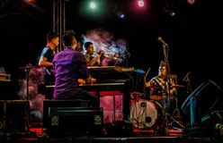 Jazz Varaderos Josone u. Sohn-Festival 5 lizenzfreie stockfotos