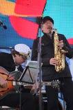 Jazzband shoobedoobe Ensemble der Performancekünstler, der Sänger und der Musiker vernehmbar-instrumentelle Lizenzfreie Stockfotografie