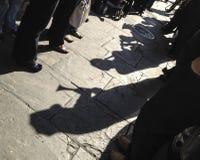 Jazzbegravningen ställer upp i New Orleans royaltyfri bild