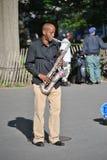 Jazzsaxofonspelare royaltyfri bild