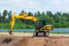 Free JCB Excavator On Construction Site. Royalty Free Stock Images - 220240979