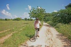 Jeździć na rowerze Bagan równiny Obraz Royalty Free