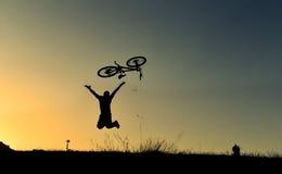 Jeździć na rowerze dla zdrowego życia zdjęcie stock