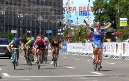 Jeździć na rowerze: Horyzontu parka rasy kobiet wyzwanie w Kyiv, Ukraina Obrazy Royalty Free