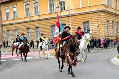 Jeźdzowie w w centrum Brasov Zdjęcia Royalty Free