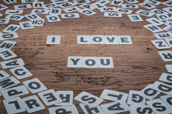 Je t'aime avec des cartes de lettre Images libres de droits